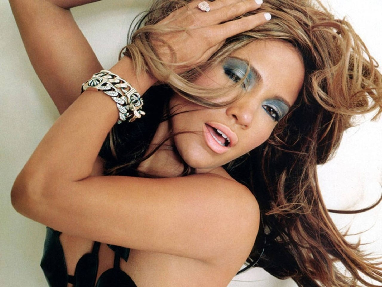 Wallpaper di Jennifer Lopez, stella del pop latino e attrice