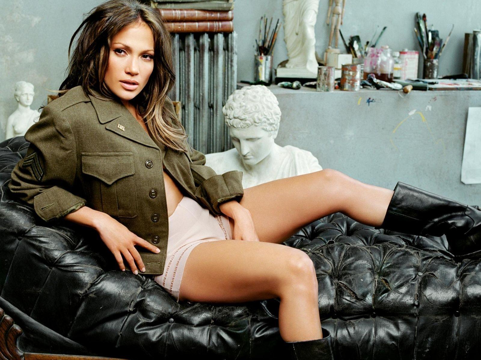 Wallpaper: una splendida Jennifer Lopez