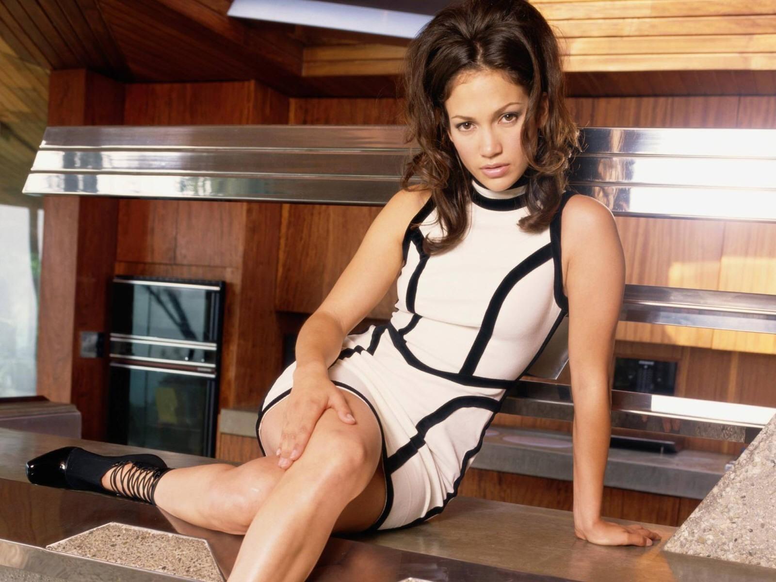 Wallpaper di Jennifer Lopez in versione Barbarella