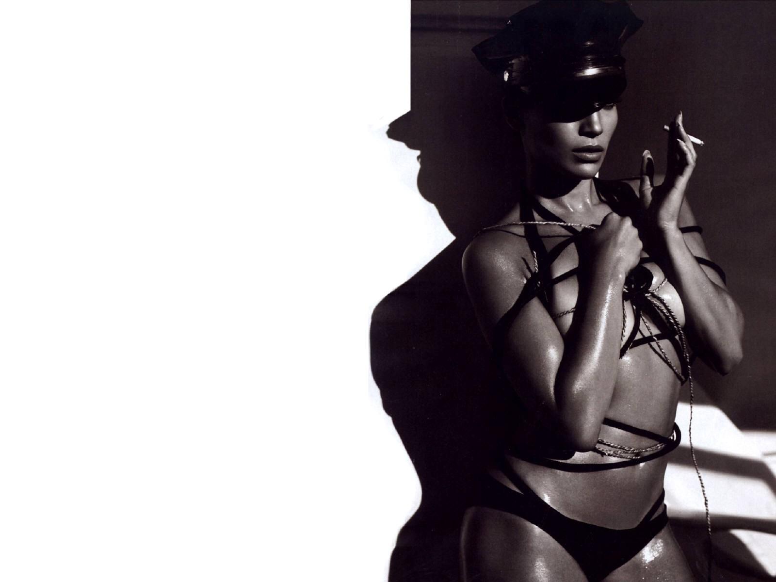 Wallpaper di Jennifer Lopez in versione bad-girl