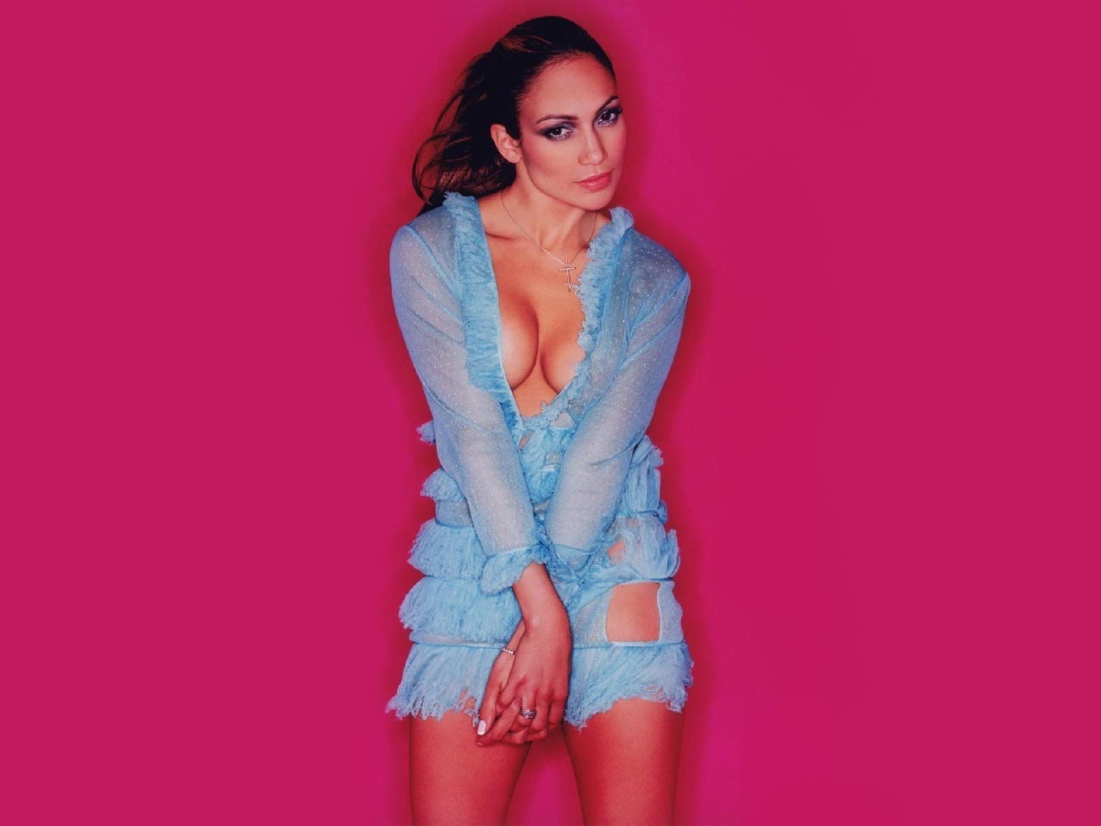 Wallpaper di Jennifer Lopez in abito azzurro