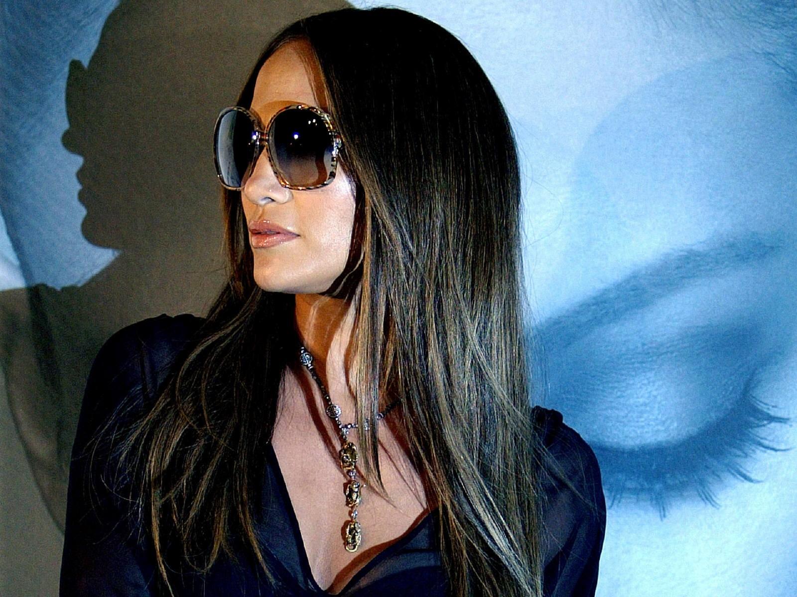 Wallpaper di Jennifer Lopez con occhiali da sole