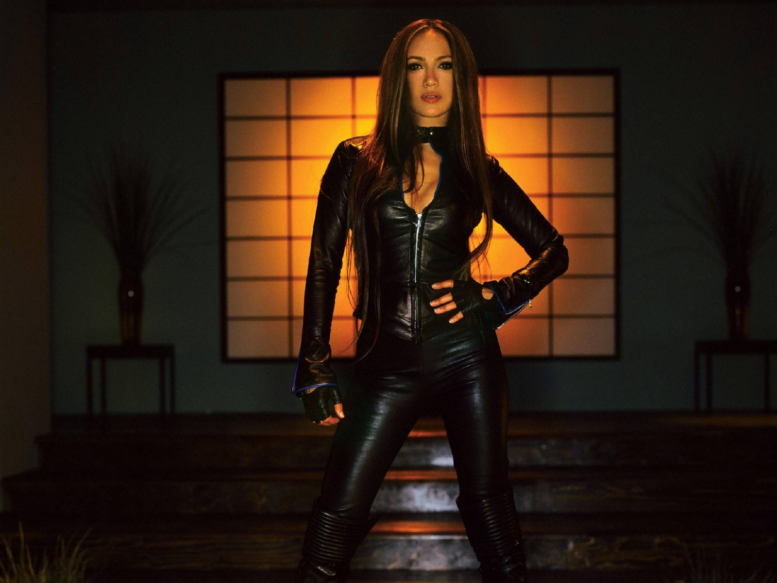 Wallpaper: una splendida immagine di Jennifer Lopez