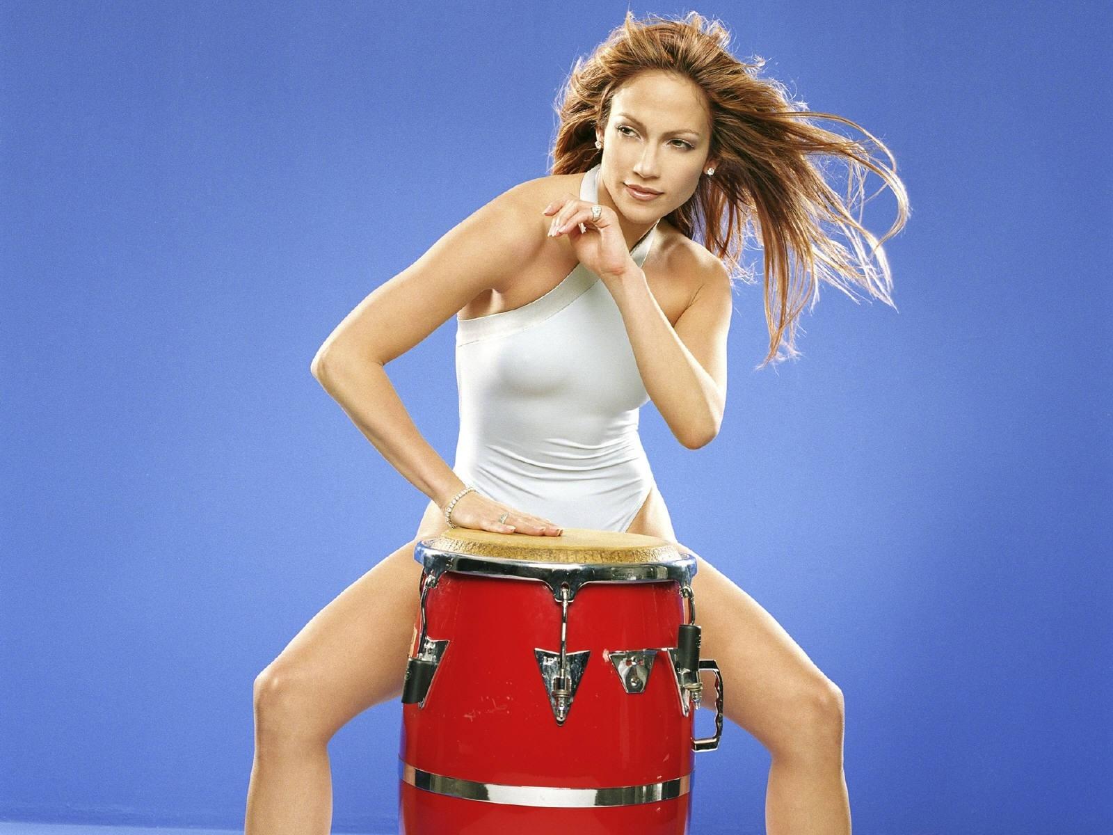 Wallpaper - ritmo e sensualità per Jennifer Lopez