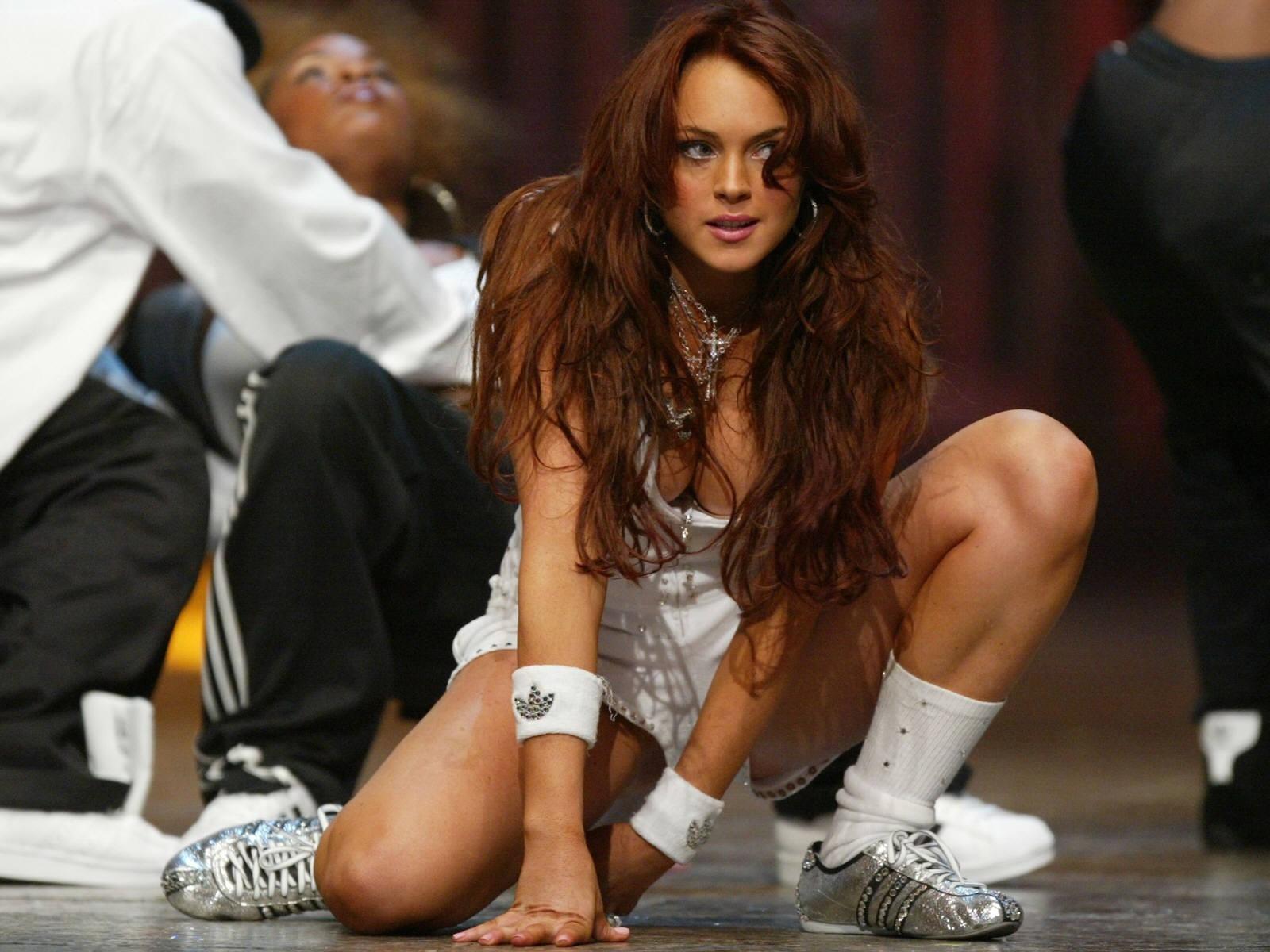 Wallpaper di Lindsay Lohan in versione ginnica