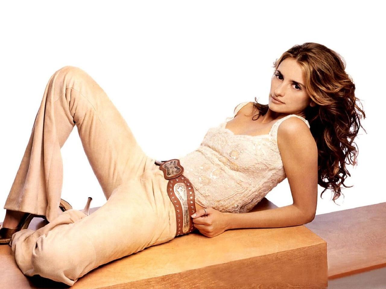 Wallpaper di Penelope Cruz - la bella attrice spagnola è diventata la musa di Almodovar