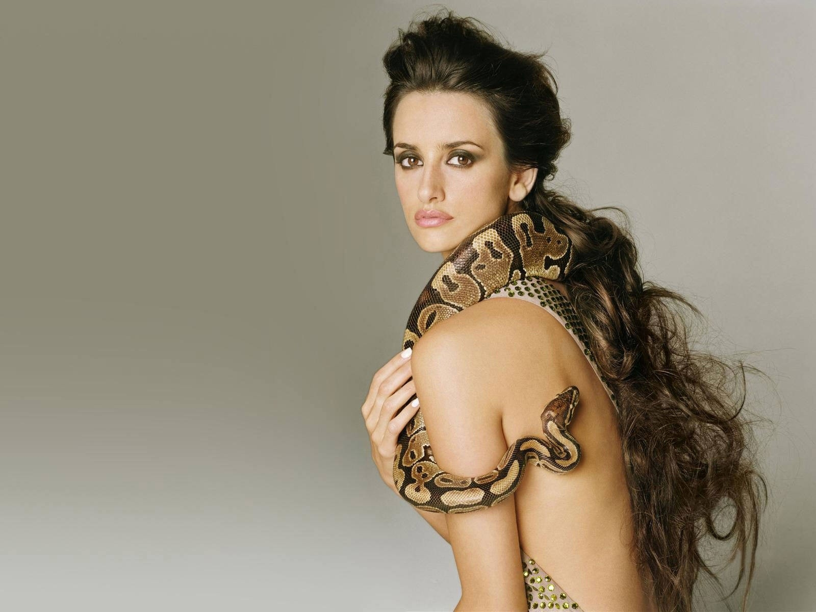 Wallpaper di Penelope Cruz in versione tentatrice