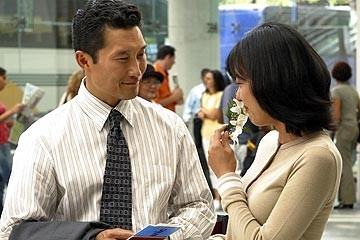 Daniel Dae Kim e Yunjin Kim nell'episodio 'La casa del Sol Levante' (Lost)