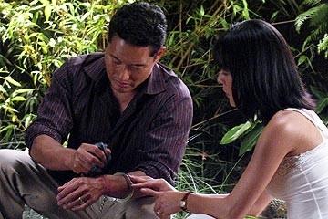 Daniel Dae Kim e Yunjin Kim nell'episodio 'La falena' di Lost