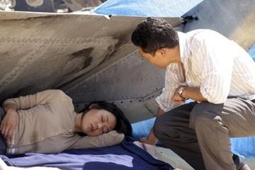 Daniel Dae Kim e Yunjin Kim nell'episodio 'Tabula Rasa' di Lost