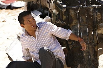 Daniel Dae Kim nell'episodio 'La casa del Sol Levante' (Lost)