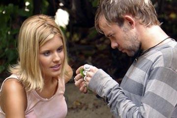 Dominic Monaghan e Maggie Grace nell'episodio 'La caccia' di Lost