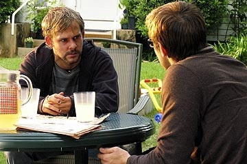 Dominic Monaghan e Neil Hopkins nell'episodio 'La falena' di Lost