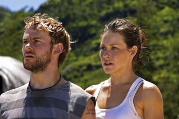 Dominic Monaghan ed Evangeline Lilly nell'episodio 'Il coniglio bianco' di Lost