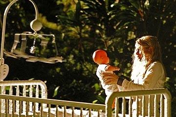Lost: Emilie de Ravin nell'episodio 'Un figlio'