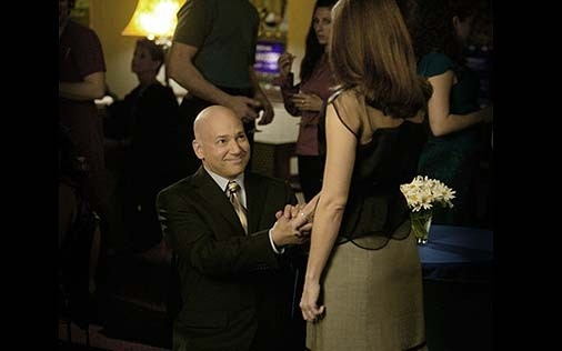 Evan Handler e Kristin Davis in una scena di Sex and the City, episodio Pausa di riflessione