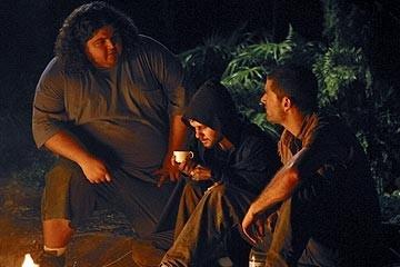 Jorge Garcia, Dominic Monaghan e Matthew Fox nell'episodio 'La falena' di Lost