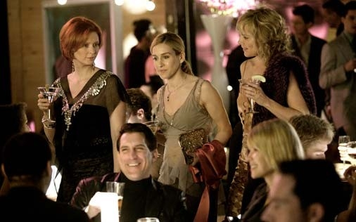 Sarah Jessica Parker, Kim Cattrall e Cynthia Nixon in una scena di Sex and the City, episodio Sesso e crudité