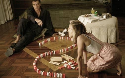 Sarh Jessica Parker e Chris Noth in una scena della serie targata HBO Sex and the City, episodio Effetto domino