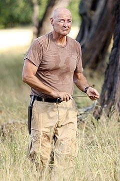 Terry O'Quinn nell'episodio 'Solitudine' di Lost