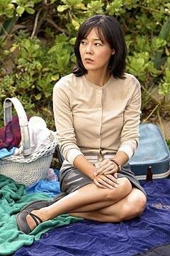 Yunjin Kim nell'episodio 'La casa del Sol Levante' (Lost)