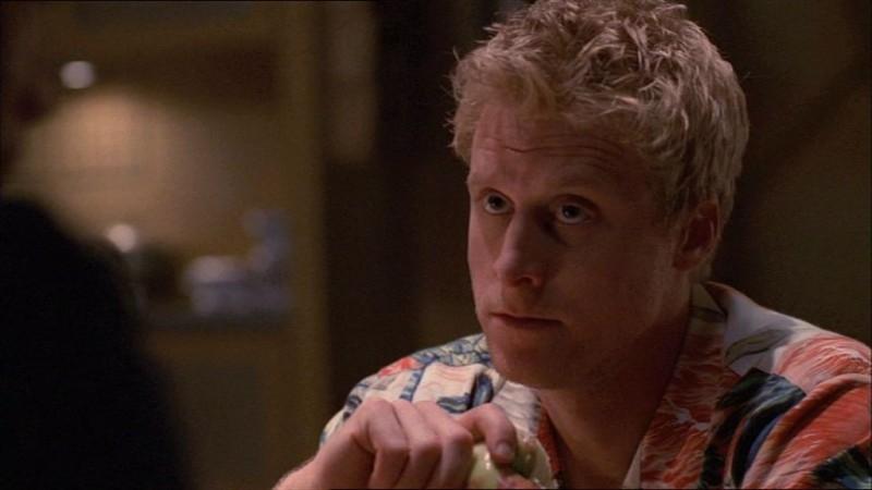 Alan Tudyk in una scena di Firefly, episodio In azione!