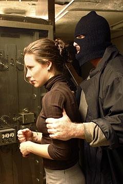 Evangeline Lilly nell'episodio 'Il mistero della valigetta' di Lost