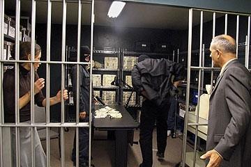L'attrice Evangeline Lilly nell'episodio 'Il mistero della valigetta' di Lost