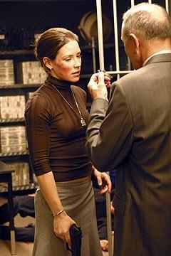 Evangeline Lilly in una sequenza dell'episodio 'Il mistero della valigetta' di Lost