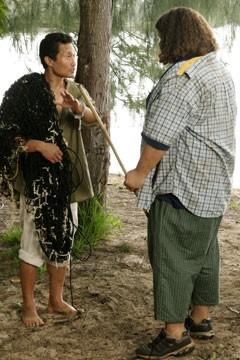 Jorge Garcia e Daniel Dae Kim nell'episodio 'Ragione e sentimento' di Lost