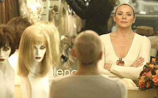 Kim Cattrall in una scena di Sex and the City, episodio La dura realtà