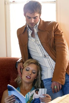 Maggie Grace con Ian Somerhalder nell'episodio 'Ragione e sentimento' di Lost