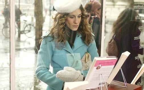 Sarah Jessica Parker in una foto di Sex and the City, episodio Un'americana a Parigi - Seconda parte