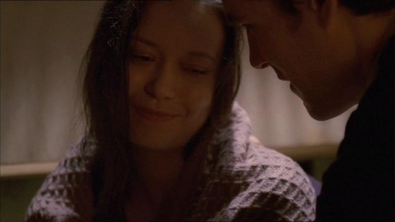 Sean Maher e Summer Glau in una scena di Firefly, episodio In azione!