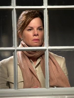 Marcia Gay Harden in una scena di The Invisible
