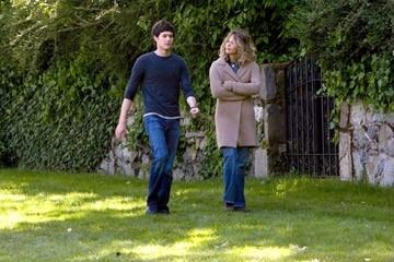 Meg Ryan e Adam Brody in una scena de Il bacio che aspettavo