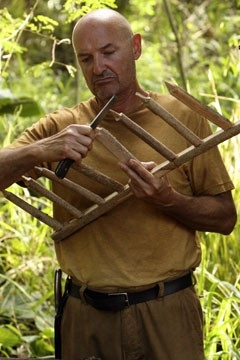 John Locke (Terry O'Quinn) nell'episodio 'Numeri' di Lost