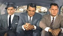 Cary Grant in una scena di Intrigo Internazionale di Alfred Hitchcock
