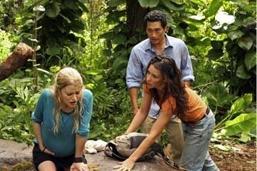 Emilie de Ravin, Evangeline Lilly e Daniel Dae Kim nell'episodio 'Non nuovere' di Lost