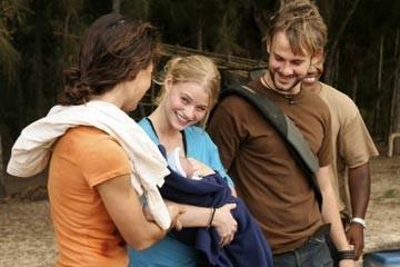 Emilie de Ravin, Evangeline Lilly e Dominic Monaghan nell'episodio 'Non nuovere' di Lost