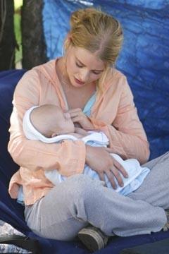 Emilie de Ravin nell'episodio 'Il bene superiore' di Lost