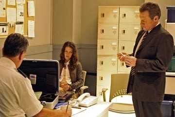 Evangeline Lilly con Fredric Lehne nell'episodio 'Esodo: parte 1' di Lost