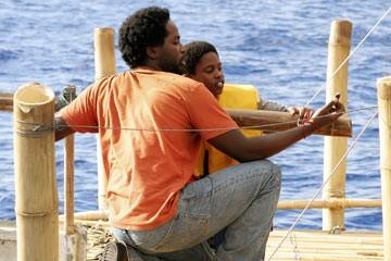 Harold Perrineau e Malcolm David Kelley nell'episodio 'Esodo: parte 2' di Lost