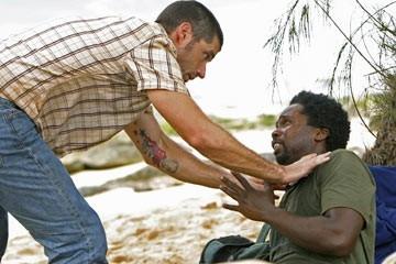 Harold Perrineau e Matthew Fox nell'episodio 'In fuga' di Lost