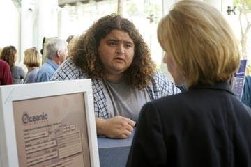 Fastidiosi imprevisti per Jorge Garcia nell'episodio 'Esodo: parte 2' di Lost