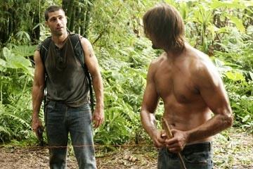 Josh Holloway e Matthew Fox nell'episodio 'Esodo: parte 1' della serie Lost
