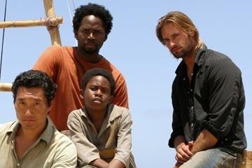Josh Holloway, Harold Perrineau e Daniel Dae Kim con Malcolm David Kelley nell'episodio 'Esodo: parte 1' di Lost