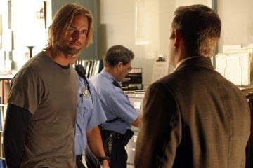 Josh Holloway in 'Esodo: parte prima, episodio di Lost