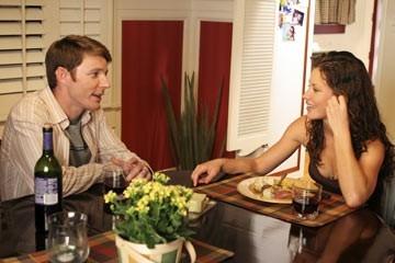 Mackenzie Astin ed Evangeline Lilly nell'episodio 'In fuga' di Lost