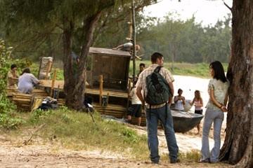Matthew Fox e Yunjin Kim nell'episodio 'In fuga' di Lost